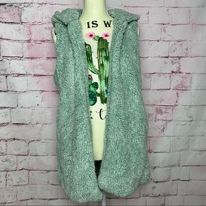 PEACH LOVE CA Light Green Soft Sherpa Hoodie Vest
